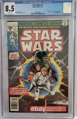 1977 Star Wars #1 Marvel Comic Book, July 1977 (7/77) Graded CGC 8.5 White Pages