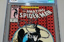 CGC 9.2 WH Amazing Spider-man 300 1st App Venom Classic Key Book Grail McFarlane