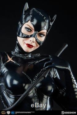 Catwoman Michelle Pfeiffer Premium Format Statue Sideshow Batman Bowen