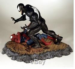 DYNAMICS FORCES AMAZING SPIDER-MAN vs VENOM 316 Diorama STATUE McFarlane MARVEL