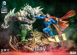 Iron Studios DC Comics Superman vs Doomsday Statue Diorama Justice League