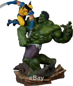 Marvel Hulk vs Wolverine Maquette Statue By Sideshow