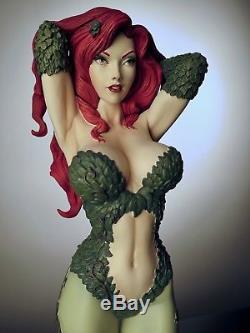 Poison Ivy Exclusive Sideshow Premium Format Figure Statue DC Batman EX PF