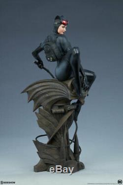 Sideshow Catwoman DC Comics Premium Format Figure Statue