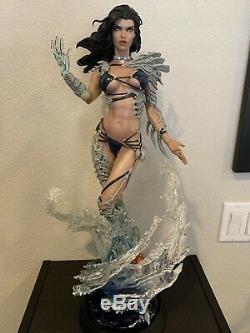 Sideshow Fathom Aspen Matthews Premium Format Figure Statue and Print Exclusive
