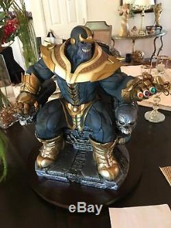 Thanos On Throne Sideshow Exclusive Maquette 622/750 In Hand