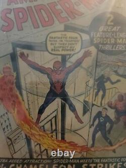 The amazing spiderman 1st Issue The Chameleon Strikes really nice book great def