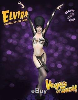 TweeterHead Elvira Autographed Vegas Or Bust Exclusive Statue Maquette